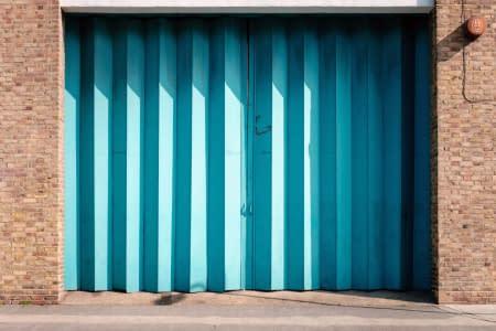 Garages & Sheds